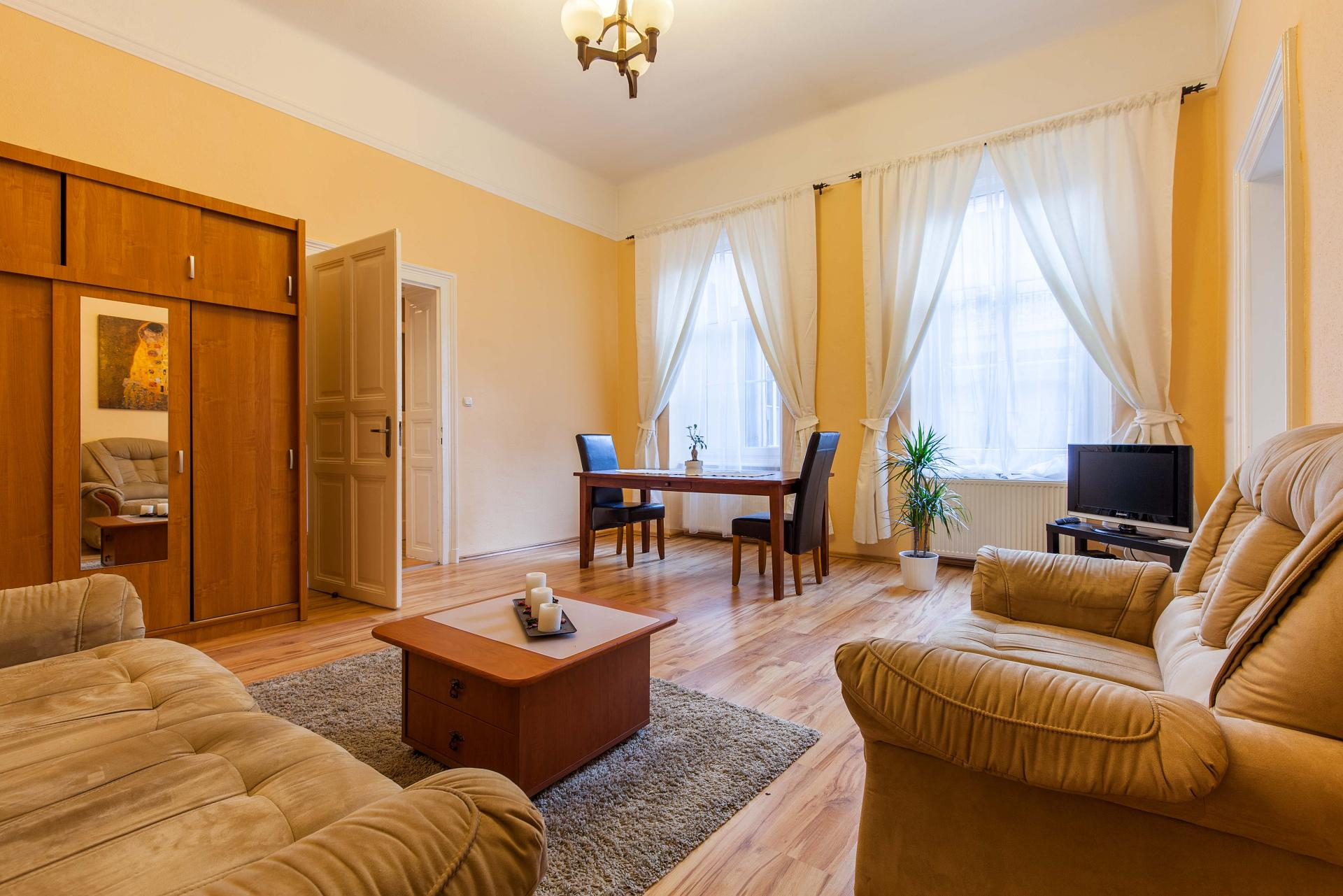 Apartment Cozy Danube Apartment - City Center -River front photo 3898396