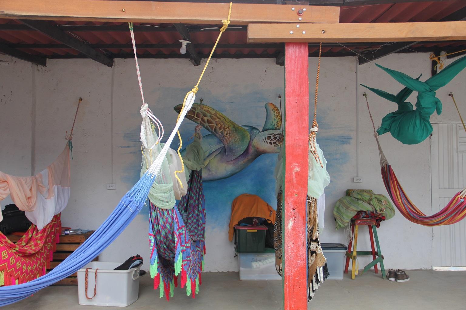 Habitacion al aire libre compartida con Hamacas  photo 6443556