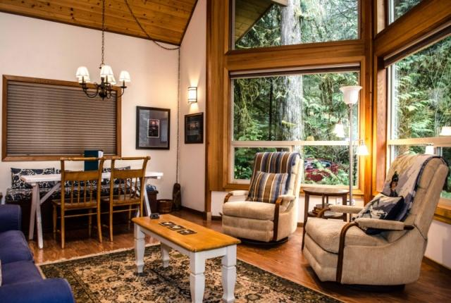 Mt. Baker Lodging  Cabin #04 – HOT TUB, BBQ, PETS OK, SLEEPS-5! photo 59205