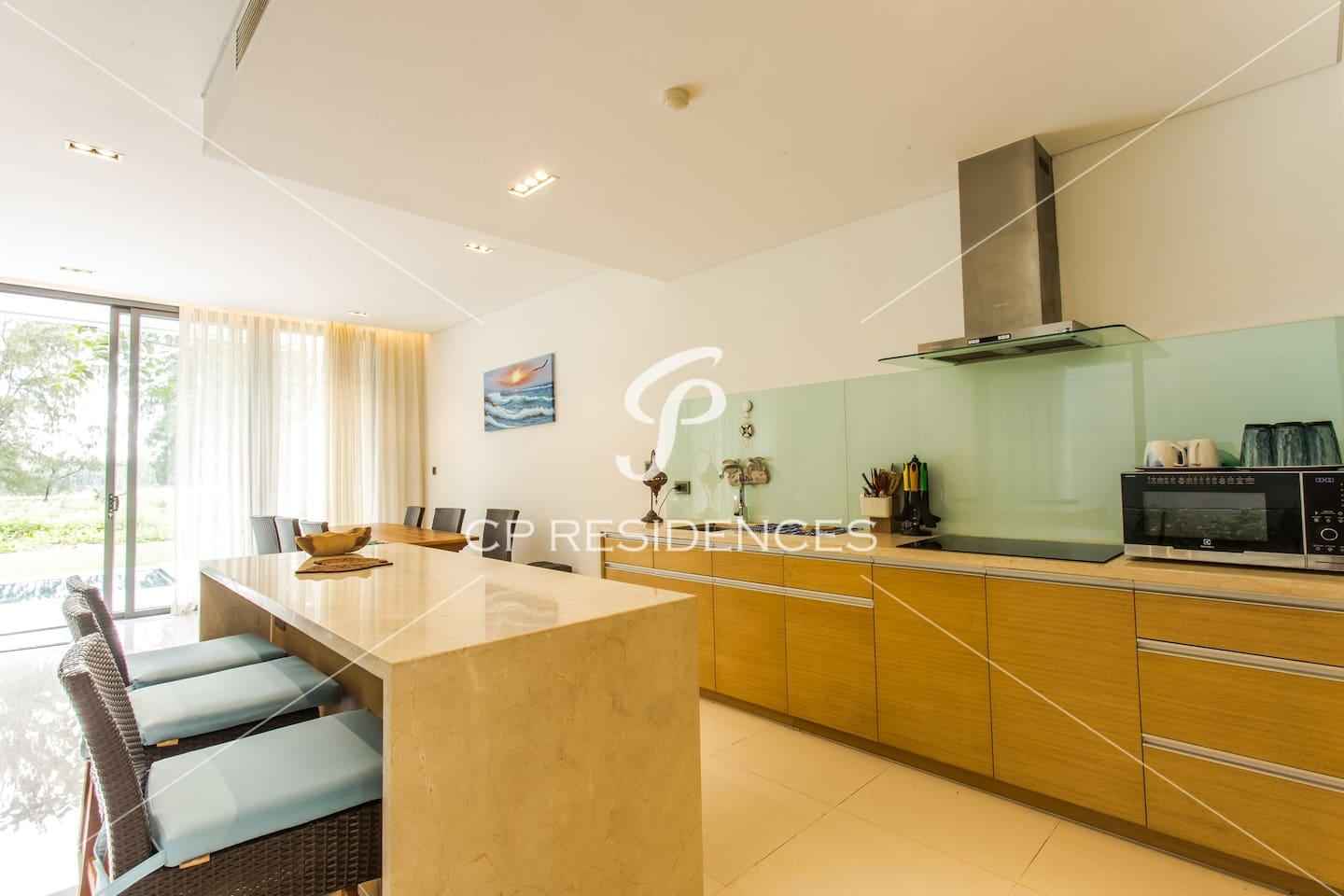 Apartment THE POINTS with Private Pool- FREE PICK UP photo 18408298