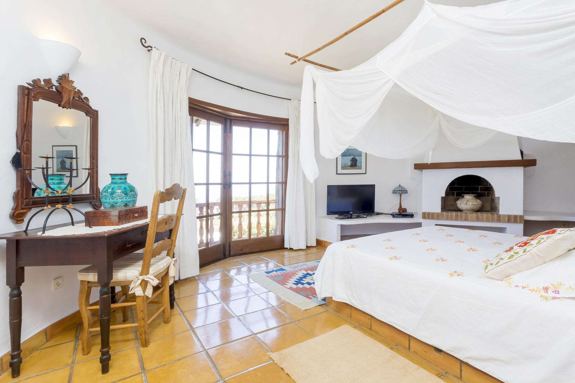 Apartment Villa Cas Berris  Lujo y Vista mar en Es Cubells photo 17812548