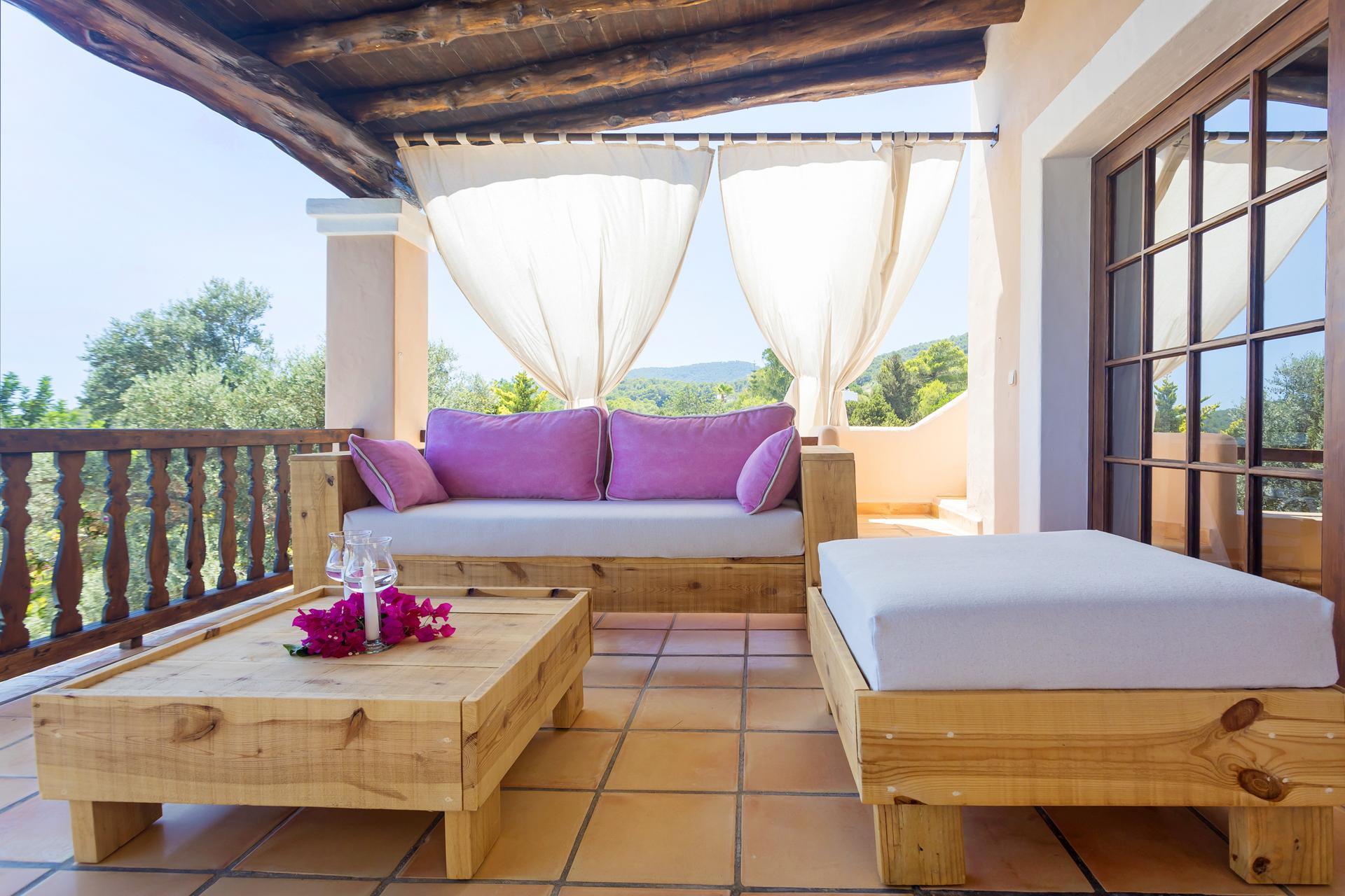 Apartment Villa Cas Berris  Lujo y Vista mar en Es Cubells photo 17812556