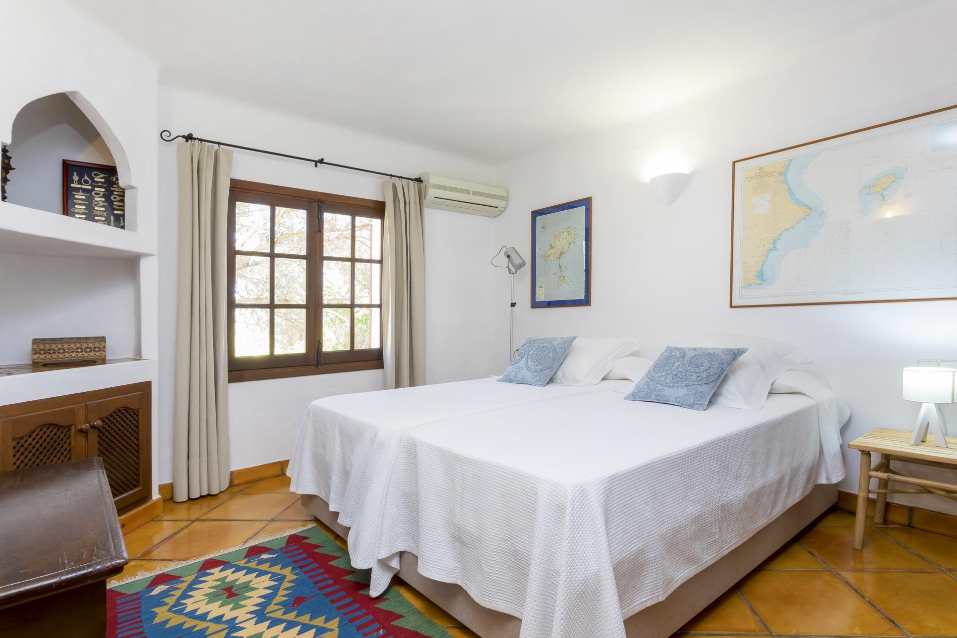 Apartment Villa Cas Berris  Lujo y Vista mar en Es Cubells photo 17719999