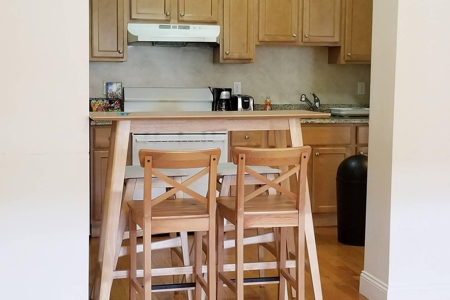 BOSTON AIRBNB SAVE $$$ ON STAY #2A photo 5841514