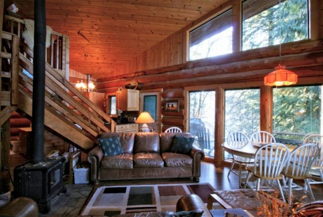 Mt. Baker Lodging Cabin #97 – REAL LOG CABIN, LAKESIDE, DOCK, PETS OK, SLEEPS-6! photo 60982