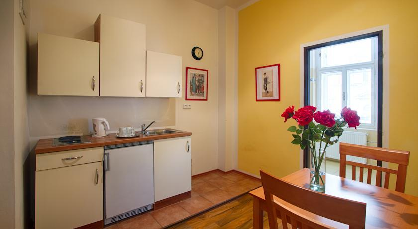 Apartment Spacious and cozy apartment in City center of Prague for four people photo 31595338