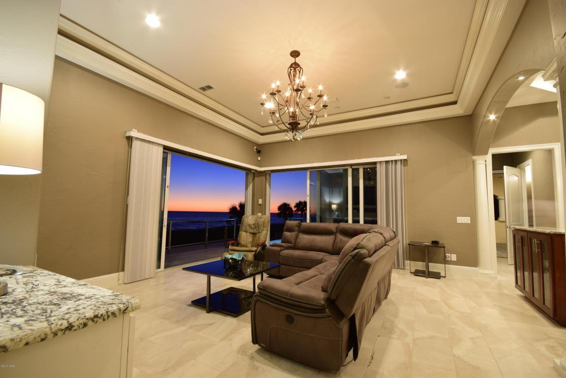 Mediterranean Luxury Gulf front home photo 3773143