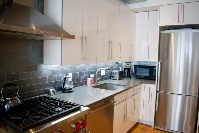 East Village - Modern Duplex 3BR/2BA Private backyard! photo 53555