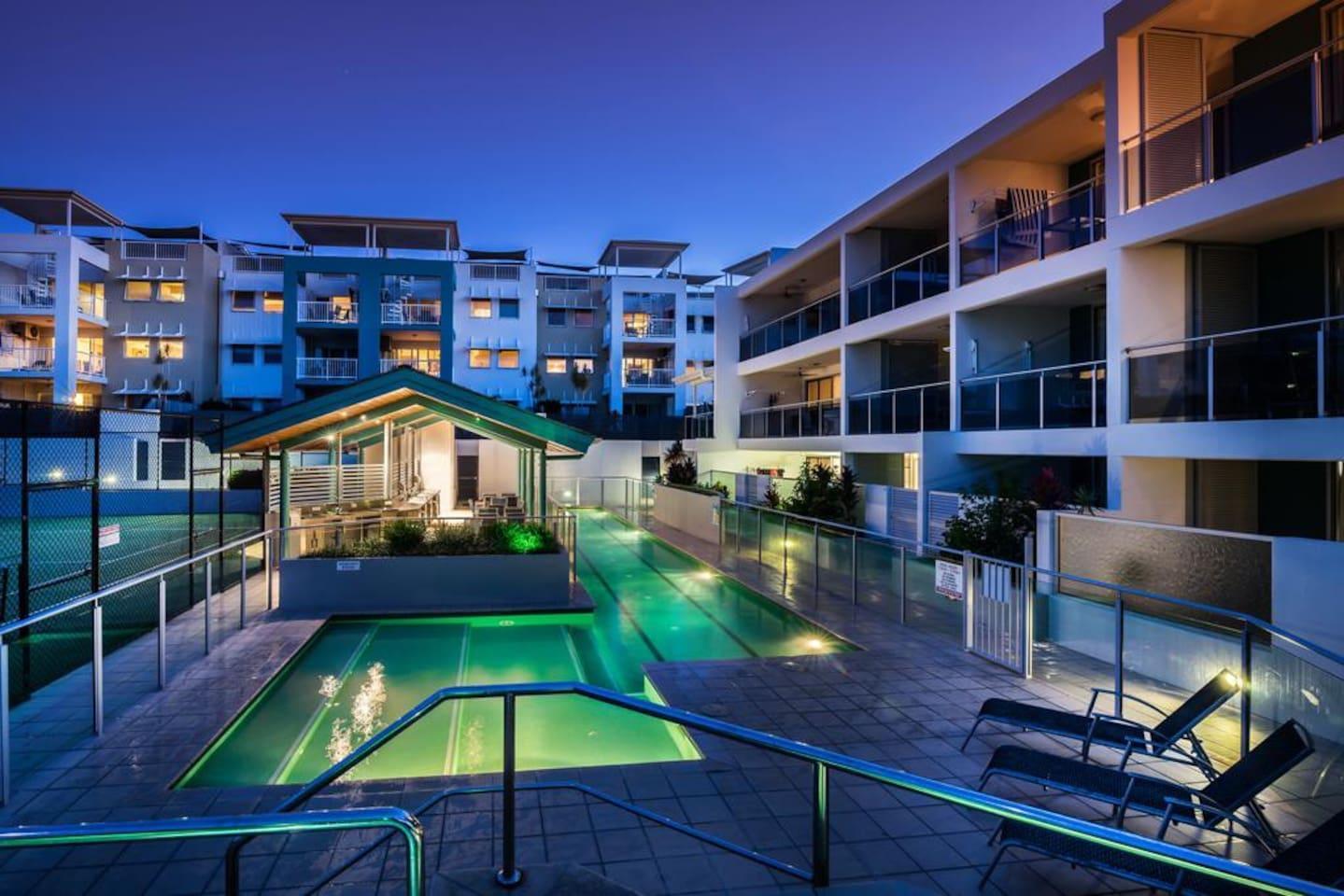 Apartment 2BR Coolum Beach    Rooftop Terrace   Spa   Tennis   Pool photo 26289859