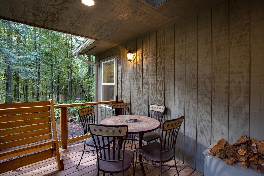 Apartment Mt  Baker Lodging Cabin  30  ndash  HOT TUB  WIFI  DVD  BBQ  W D  DW  SLEEPS 8  photo 27790053