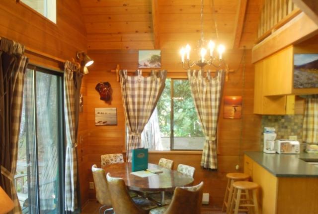 Mt. Baker Lodging Cabin #53 – HOT TUB, FIREPLACE, WIFI, D/W, W/D, SLEEPS-6! photo 60487
